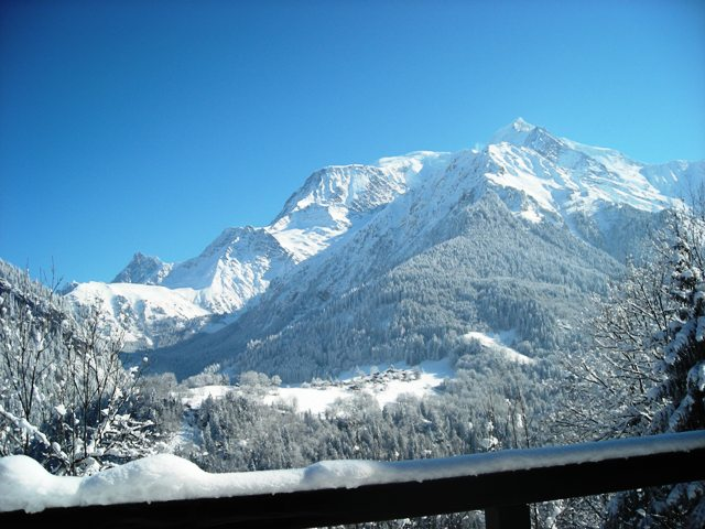 Photos du chalet chalets rambaud for Balcon en hiver